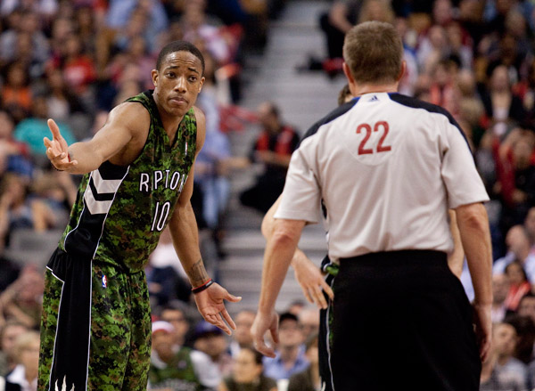 nba-toronto-raptors-camo-kit-2012