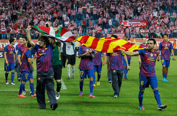 barcelona-athletic-bilbao-copa-re-2012-senyera-ikurrina