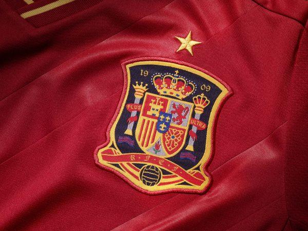 Euro 2012, nove errori nello stemma Spagna - Ama la Maglia