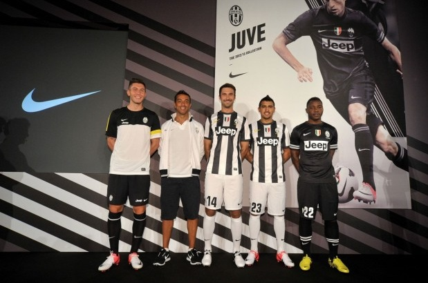 juventus-nike-home-kit-2012-13