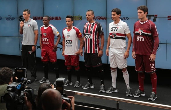 san-paolo-penalty-maglie-2013