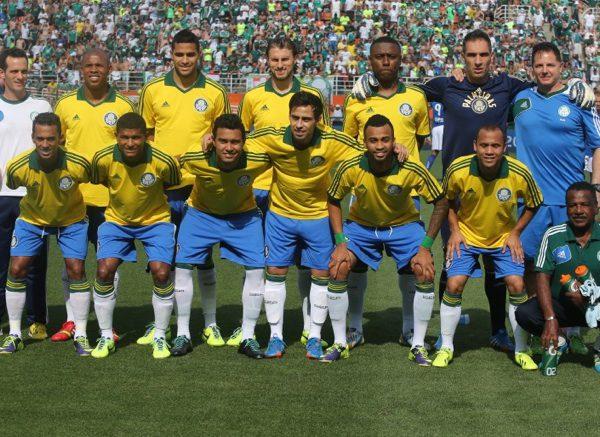 maglia-della-nazionale-brasiliana-2014-palmeiras