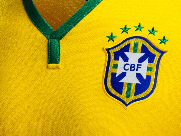 maglia-brasile-2014-mondiali-nike