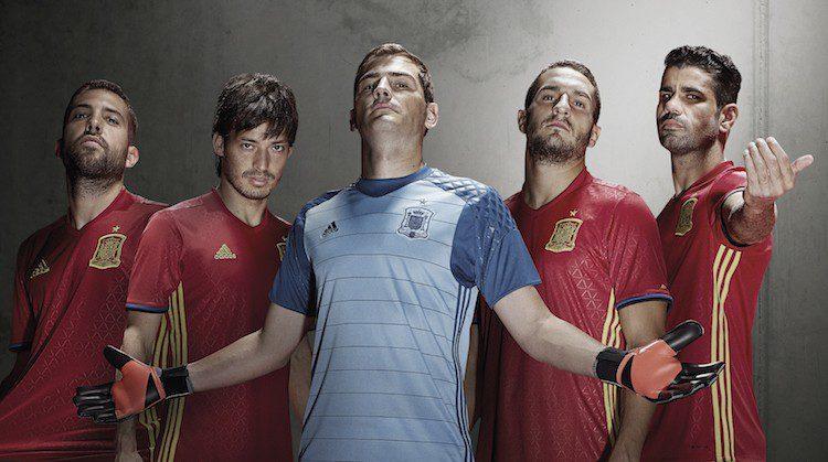 Euro 2016, nuova maglia della Spagna di adidas