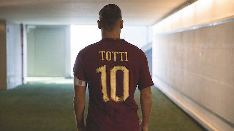 Roma, maglia per il derby 2016