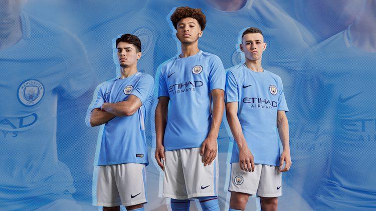 Maglia home e away Manchester City 2017-2018
