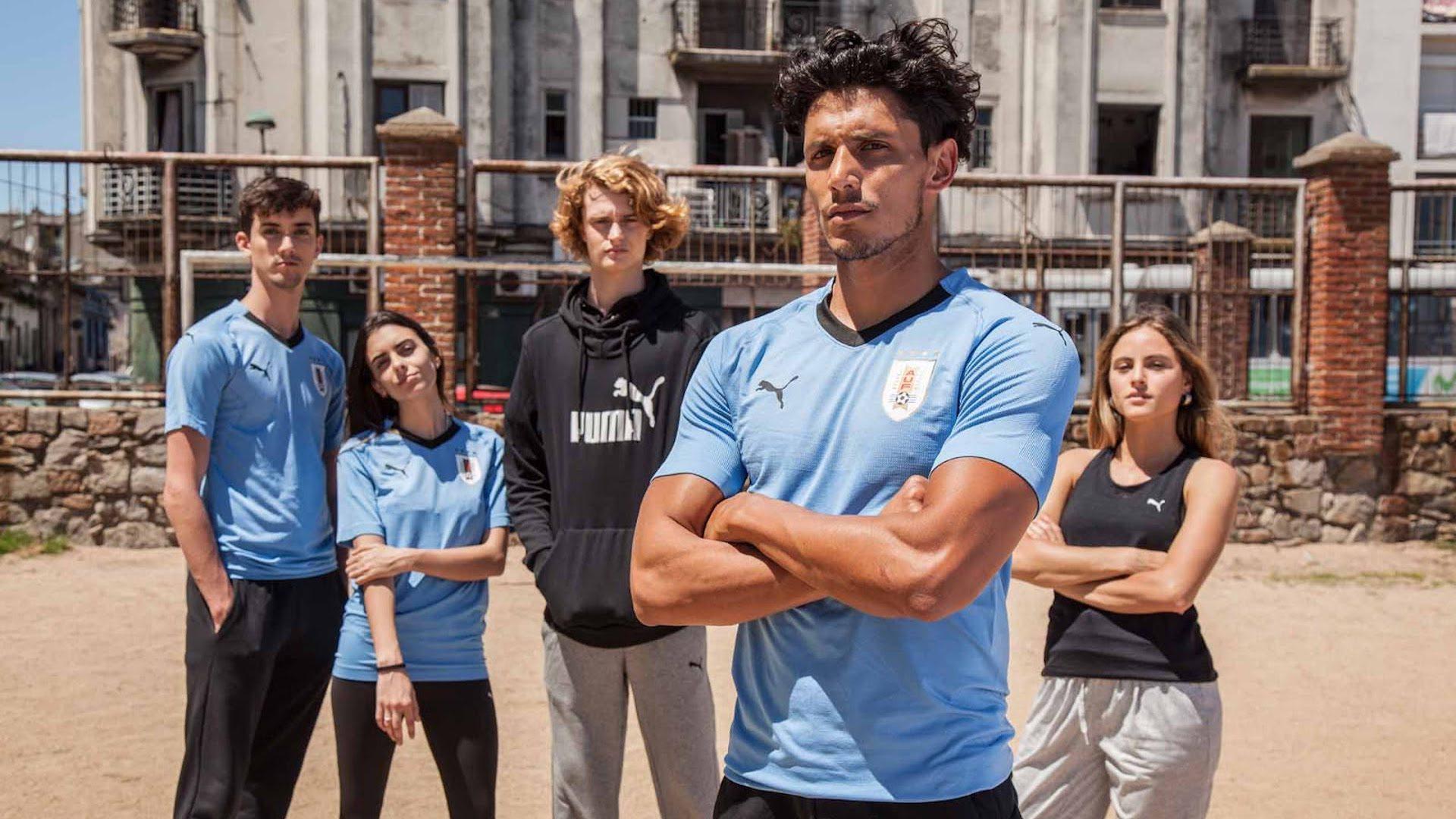 divisa nazionale calcio uruguay mondiali 2018