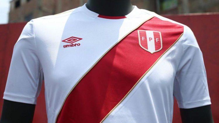 divisa nazionale di calcio peruviana mondiali 2018