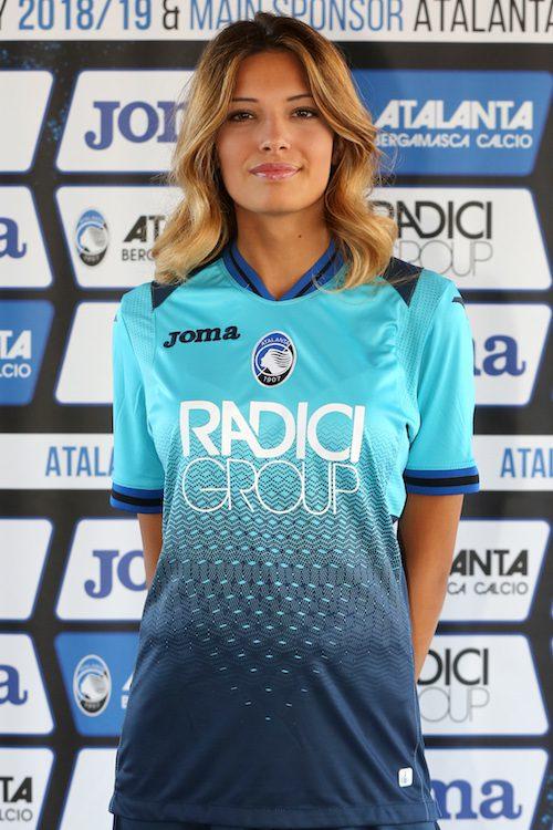 taglia 40 fornitore ufficiale compra meglio Le maglie dell'Atalanta per Serie A ed Europa League 2018-2019 ...
