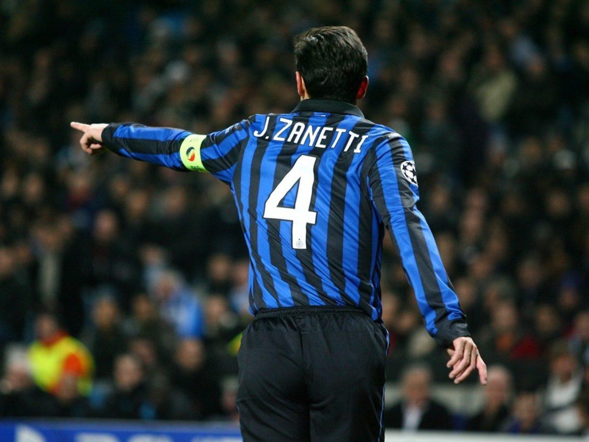 Maglia numero 4 Inter: Javier Zanetti