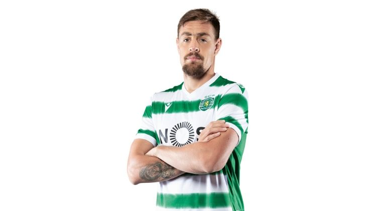 Sporting Lisbona, home kit 2020-21 di Macron